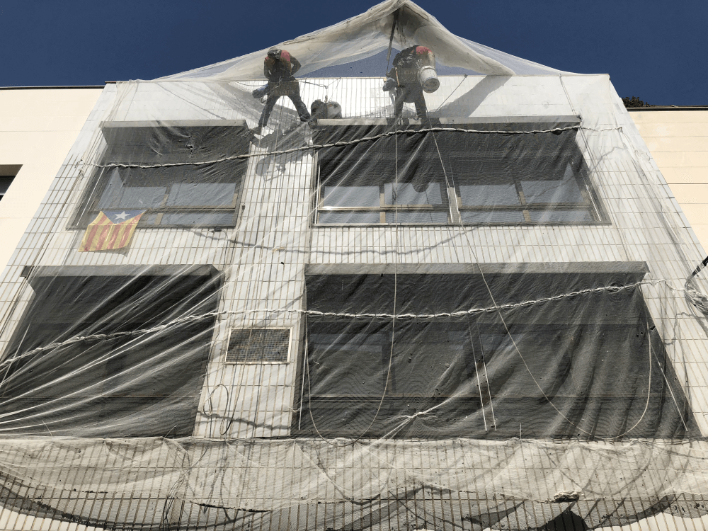 Trabajos verticales de urgencia en Sabadell
